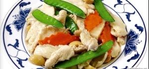 My favorite healthy Chinese dish, Moo Goo Gai Pan!
