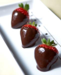 Dark chocolate covered strawberries are my favorite HEALTHY indulgence!